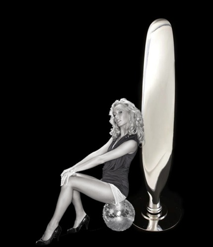 Corsair Propeller & Pin Up Girl